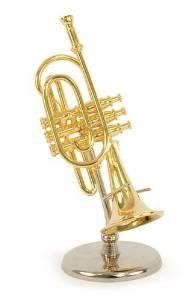 trompeta miniatura musical