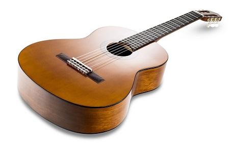 que guitarra clasica comprar para empezar